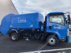 新型ゴミ収集車納車